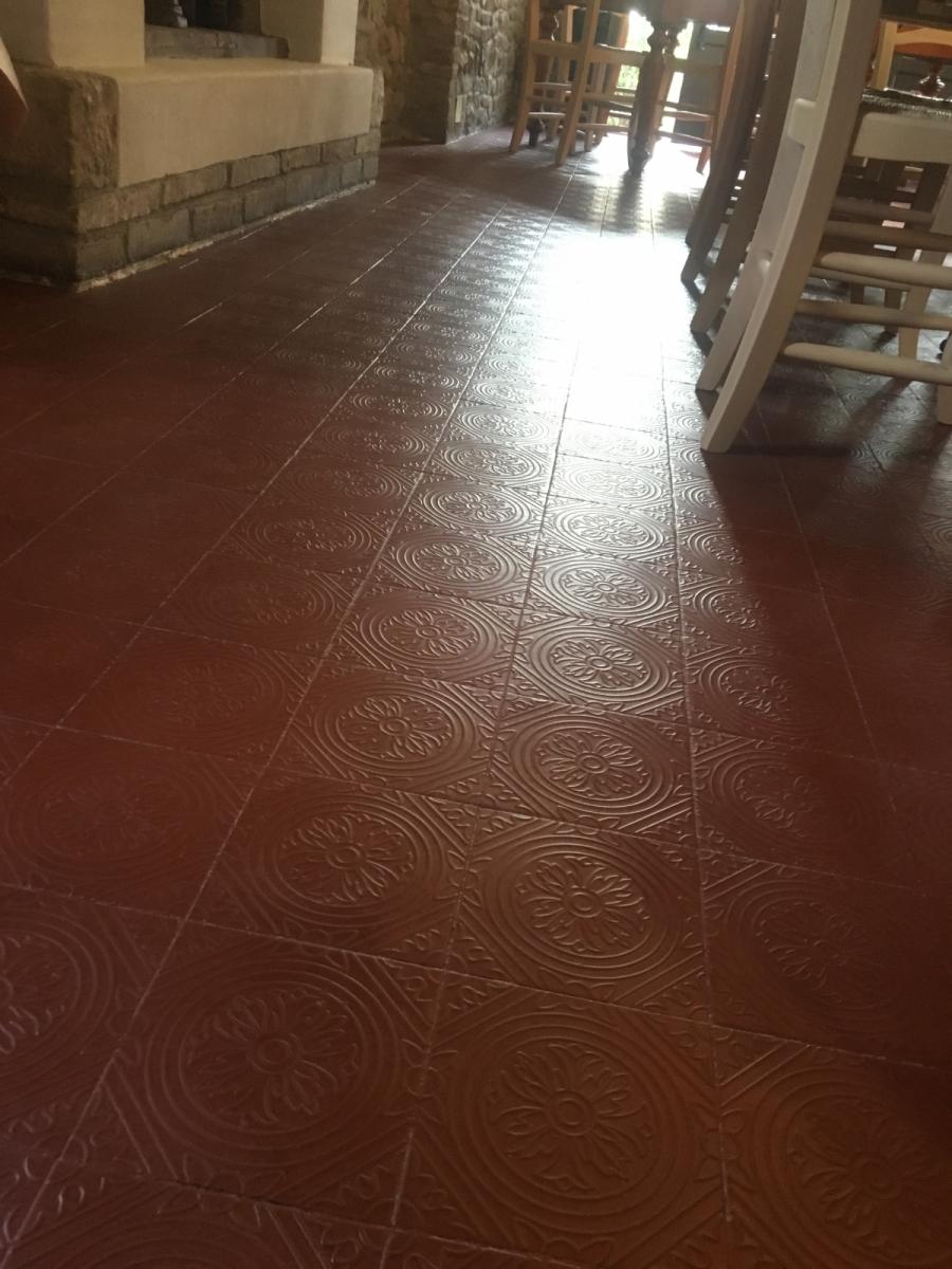 Prima e dopo ..rinnovo di vecchia pavimentazione progetto e finitura romagnaresine